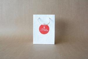 papel semillas para empresas merchandising sostenible bolsa plantable